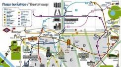 turistas-plano-metro-Madrid-800x449